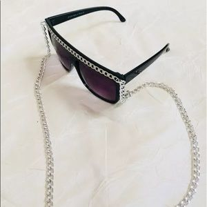 Accessories - Celebrity chain embellished black sunglasses